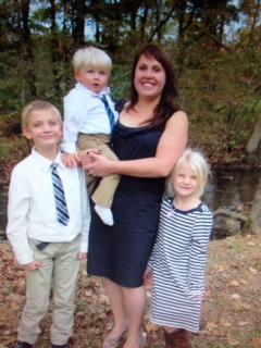 Stephanie Spann, Manager with her 3 children - Richard, Madison & Jacob